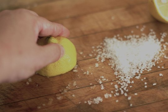 kitchen cleaning, cleaning, kitchen, kitchen cleaning hacks, how to clean your kitchen, popular posts, DIY kitchen, DIY kitchen cleaning, life hacks, must-know life tips and tricks.
