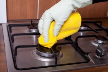 Rubbing alcohol, things to do with rubbing alcohol, cleaning tips, popular pin, cleaning hacks, cleaning, clean home.