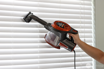 clean your blinds, window treatment cleaning, DIY cleaning tips, cleaning hacks, popular pin, clean home, cleaning tips.