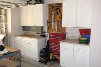 Garage organization, garage organization hacks, organizing, popular pin, DIY organization, garage, home organizing, DIY garage organization.