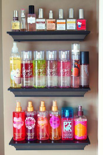 Bathroom, bathroom organization, small bathroom hacks, organization hacks, home organization hacks, popular pin, beauty product storage.