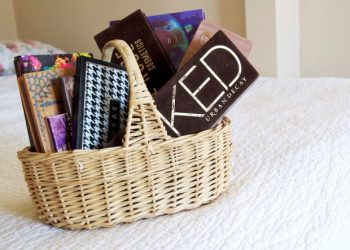 12 Ways to Organize a Bathroom with Too Many Beauty Products5