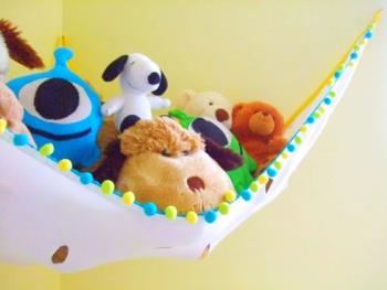 13 Genius Ways to FINALLY Organize Kid Clutter10