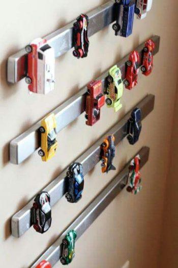 13 Genius Ways to FINALLY Organize Kid Clutter7