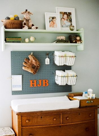 20 Clever Ways to Organize Your Playroom4