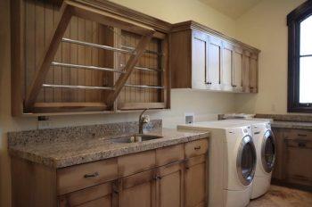 10 DIYs for an Organized Laundry Room