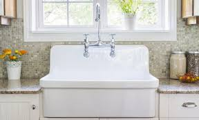 Clean Your Porcelain Sinks--Without Bleach!3