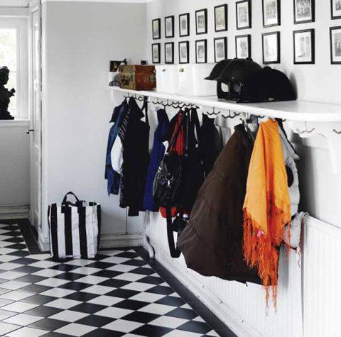 How to Organize Your Entryway, Organized Entryway, Organized Home, Easy Organization Tips, Organization Hacks, Organization 101, Popular Pin