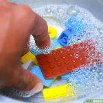 How to Wash Those Sticky Legos - 101 Days of Organization| Cleaning, Cleaning Hacks, Cleaning Tips #Cleaning #CleaningHacks #CleaningTIps