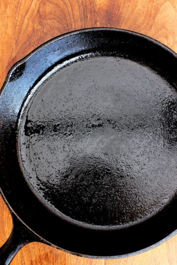 Clean Cast Iron Without Water | cast iron | cleaning cast iron | cleaning | cleaning hacks | cleaning tips