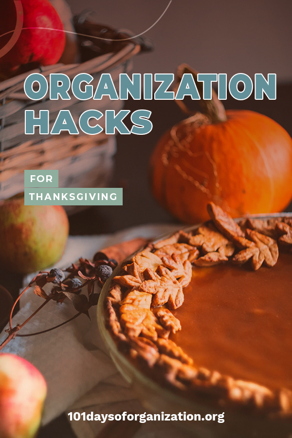 Getting excited for Thanksgiving? I am but I also can feel a little out of sorts with all that goes on. I finally figured out some Thanksgiving organization hacks that have helped me to enjoy the holiday because I am organized. Let me share these easy ideas that will change the way you look at Thanksgiving and not make you feel crazy like a wild turkey.