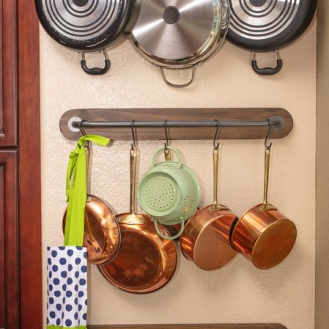 Store Pots and Pans
