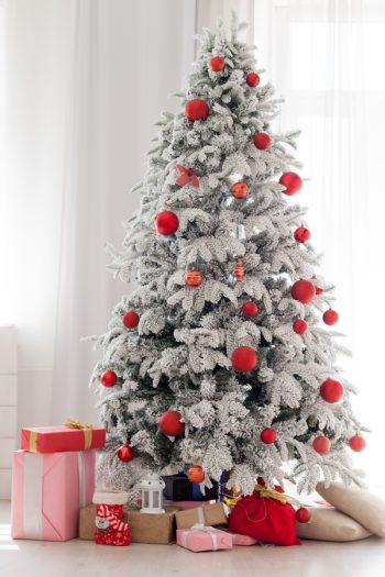 There's something about a flocked Christmas tree that just makes Christmas feel extra special! Here is how to flock a Christmas tree at home.