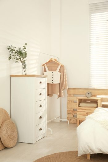 Here are the best tips on how to make your guest room and storage room combine into one. You might as well make the most of the space you have and get more storage out of it.