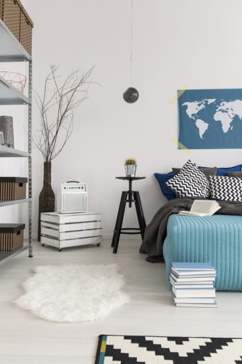 Have you ever thought about combining your guest room and storage room? Here are the best tips for guest room and storage room combinations.