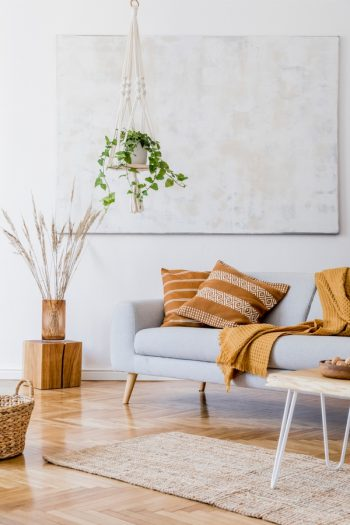 There's a lot to be said about living a minimalist lifestyle. One way it can help you is by saving money. You don't waste money on trying to fill spaces with furniture. Learn how you can live a minimalist lifestyle.