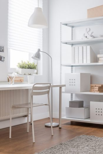 There's a lot to be said about living a minimalist lifestyle. There's something so refreshing about walking into a home that is perfectly decluttered. Learn how you can live a minimalist lifestyle.