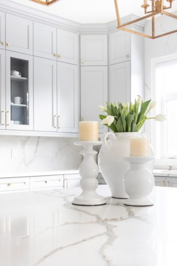 It's time to organize your kitchen with Marie Kondo's kitchen organization tips, because these are tips everyone can use! Start by donating any small appliances that you aren't using to free up some counter space.