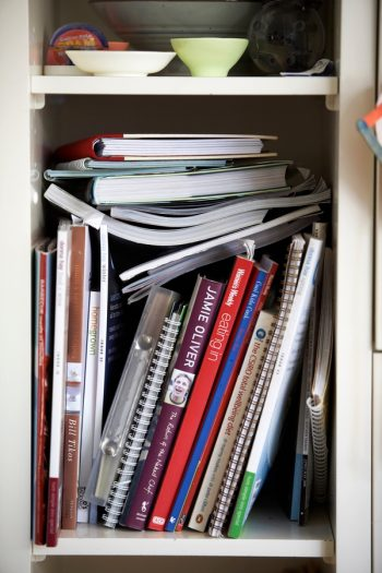 It's time to organize your kitchen with Marie Kondo's kitchen organization tips, because these are tips everyone can use! If you aren't using your grandma's old cookbooks, throw them out.