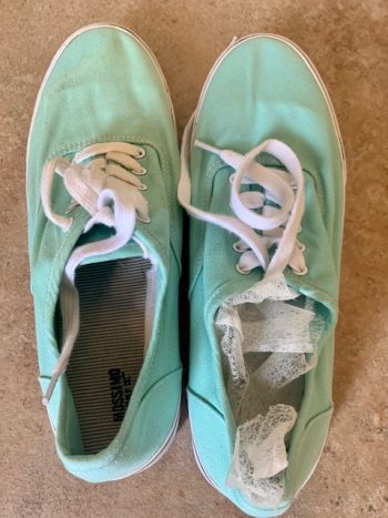 Uses for old dryer sheets-freshen tennis shoes