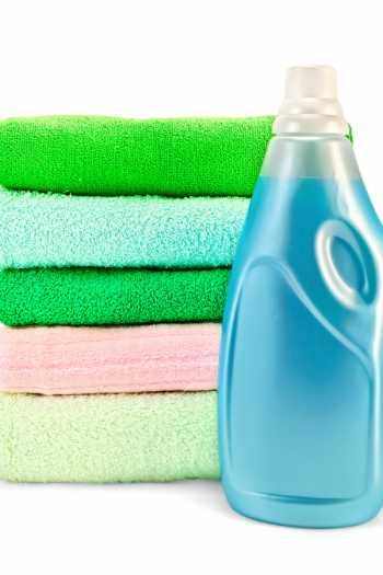Homemade fabric softener is really a thing you can make at home--and it really does work to soften even your roughest bath towels. Let us show you how!