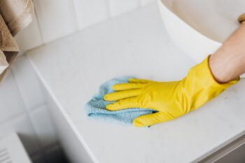 Getting microfiber cleaning cloths